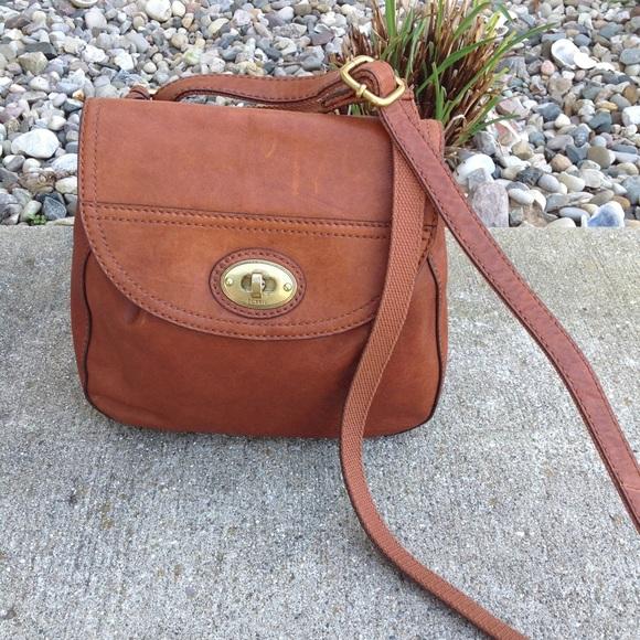 68275289669ec7 Fossil Handbags - FOSSIL Brown Leather Crossbody EUC